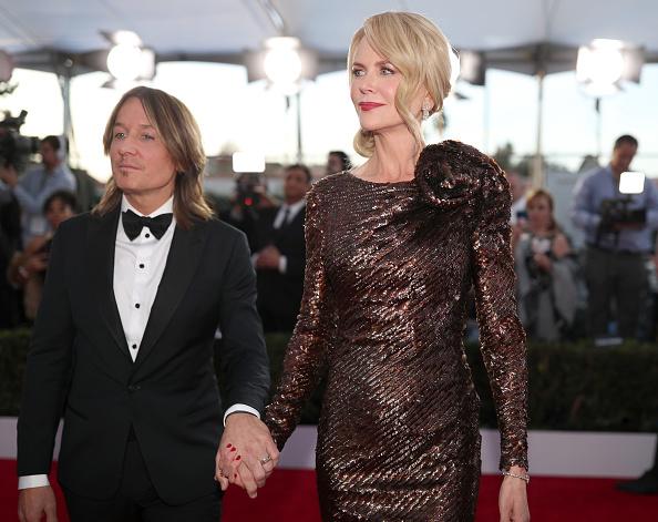 Textured「24th Annual Screen Actors Guild Awards - Red Carpet」:写真・画像(8)[壁紙.com]