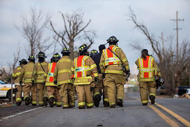 Tornado Slams Into Small Northern Illinois Town:ニュース(壁紙.com)