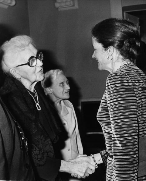 Classical Musician「Boulanger Receives Medal」:写真・画像(2)[壁紙.com]