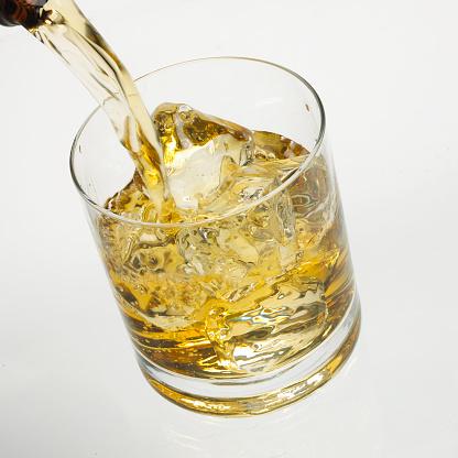 ウィスキー「Whisky pour」:スマホ壁紙(9)