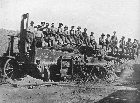 Middle East「British Soldiers On A Wrecked Turkish Gun 1915」:写真・画像(5)[壁紙.com]
