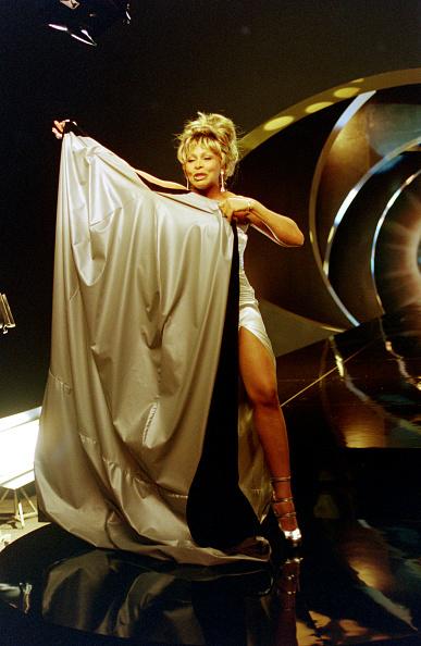 Hiding「Tina Turner GoldenEye Shoot」:写真・画像(14)[壁紙.com]