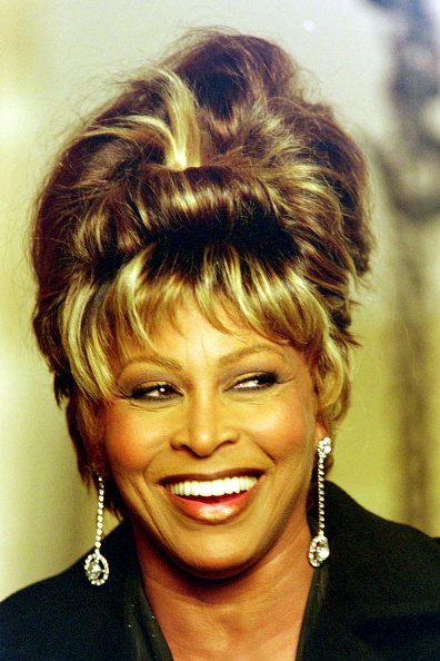 Beehive Hair「Tina Turner GoldenEye Shoot」:写真・画像(17)[壁紙.com]