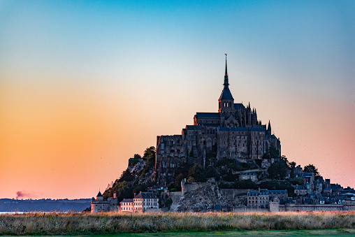 Abbey - Monastery「Breathtaking View of Mont-Saint-Michel, France」:スマホ壁紙(11)