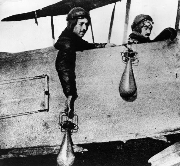 Entente Powers「Dropping Bombs」:写真・画像(10)[壁紙.com]