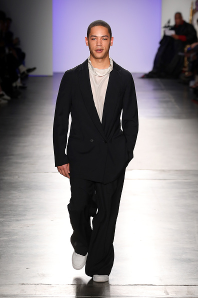 Chelsea Piers「The Blue Jacket Fashion Show At NYFW」:写真・画像(7)[壁紙.com]