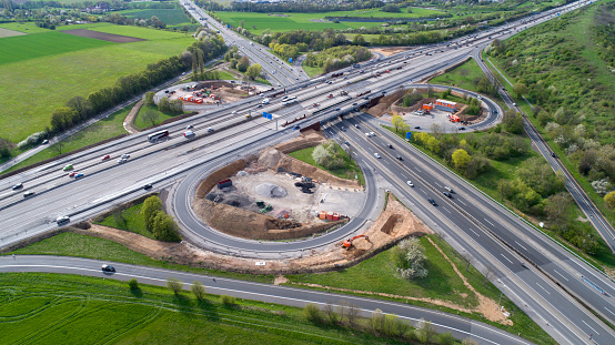 Road Construction「Highway, cloverleaf junction and large construction site」:スマホ壁紙(6)