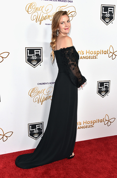 "Hair Back「2016 Children's Hospital Los Angeles ""Once Upon a Time"" Gala - Arrivals」:写真・画像(9)[壁紙.com]"