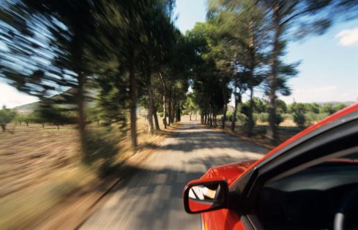 シリーズ画像「Red car on country road, Spain」:スマホ壁紙(5)