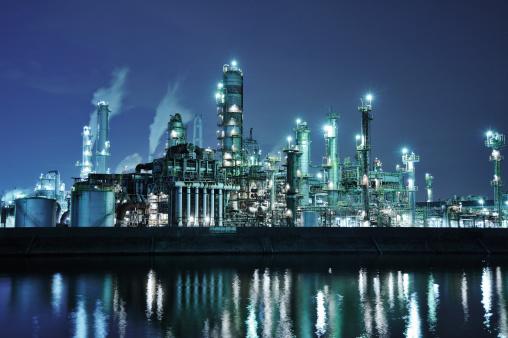 Factory「Oil refinery at night」:スマホ壁紙(16)