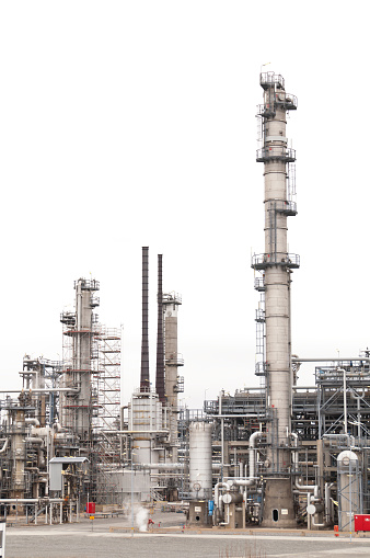 Chimney「Oil refinery isolated on white」:スマホ壁紙(19)