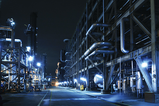 Dark「Oil Refinery, Chemical & Petrochemical plant」:スマホ壁紙(0)