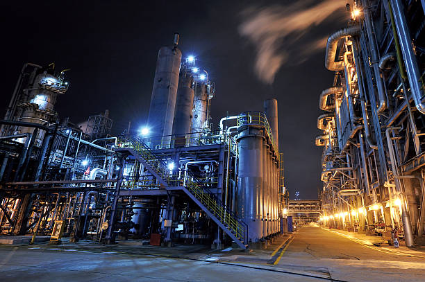 Oil Refinery:スマホ壁紙(壁紙.com)