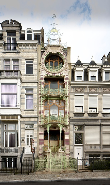 Narrow「Maison St Cyr」:写真・画像(1)[壁紙.com]