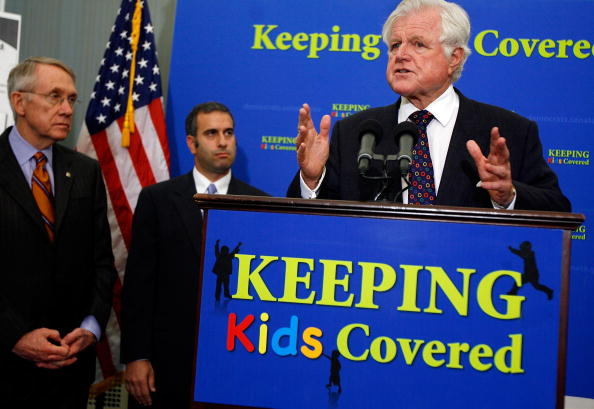 Asking「Senate Democrats Discuss Children's Health Insurance Expansion」:写真・画像(17)[壁紙.com]