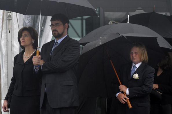 Jodi Hilton「Dignitaries, President, Family Attend Funeral Mass For Ted Kennedy」:写真・画像(5)[壁紙.com]