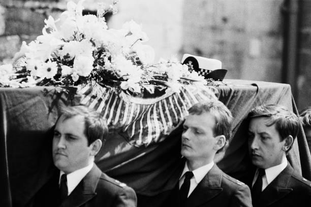 Yvonne Fletcher's Funeral:ニュース(壁紙.com)