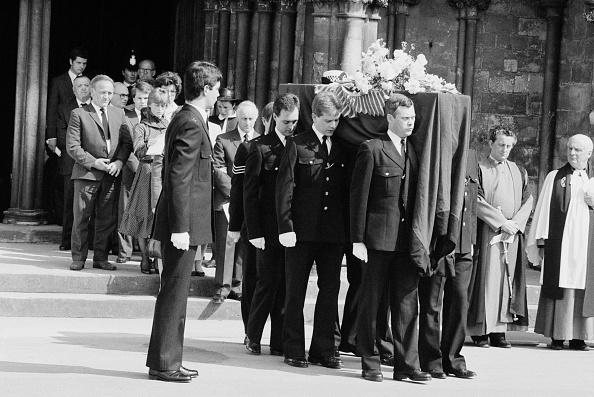 William Lovelace「Yvonne Fletcher's Funeral」:写真・画像(2)[壁紙.com]