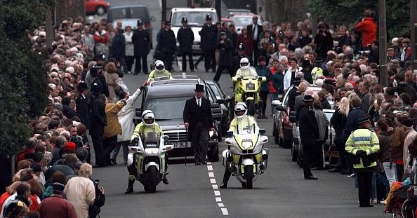 Weston-super-Mare「Jill Dando Funeral」:写真・画像(14)[壁紙.com]