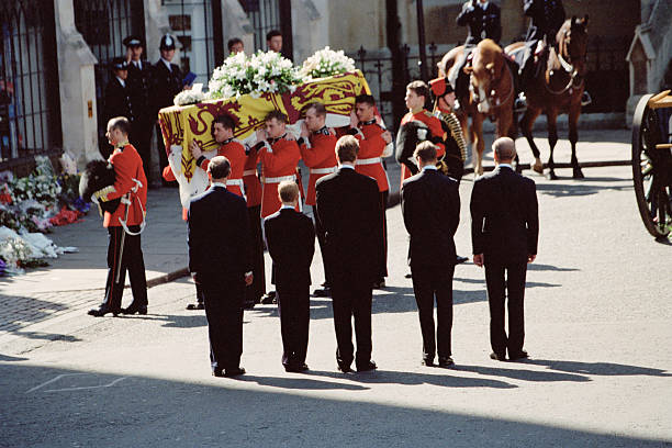 Diana's Funeral:ニュース(壁紙.com)
