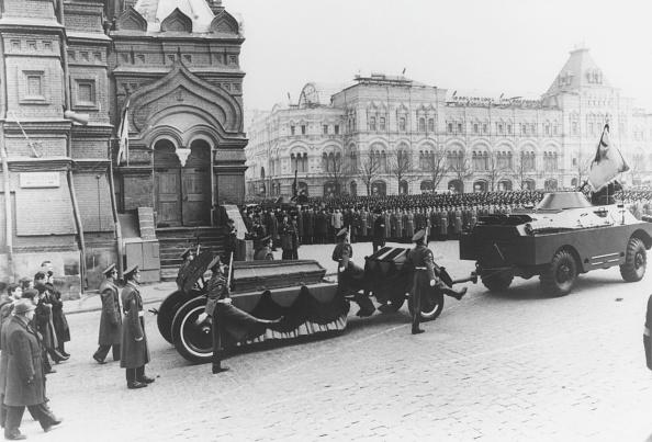 Russian Military「Brezhnev Funeral」:写真・画像(10)[壁紙.com]