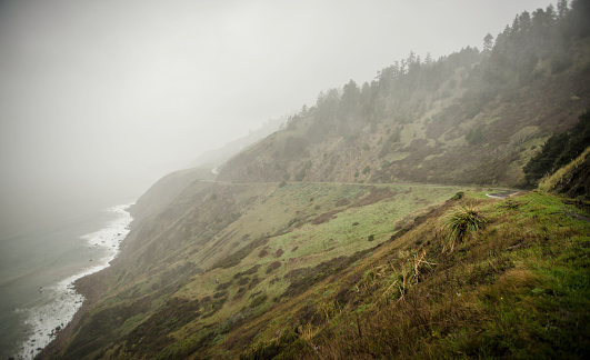 California State Route 1「Foggy Pacific Coast Highway.」:スマホ壁紙(7)