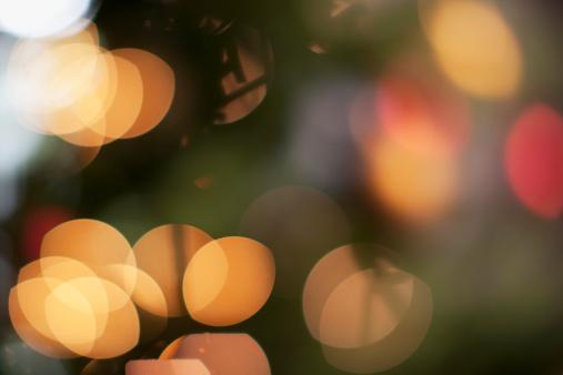 Celebration「デフォーカスクリスマスツリー」:スマホ壁紙(5)