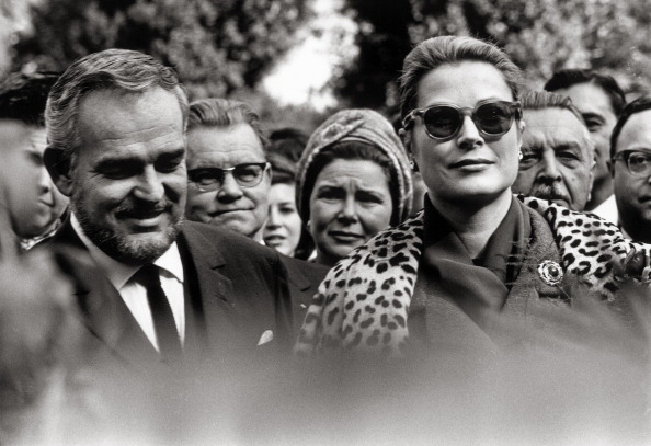 Grace Kelly - Actress「Princess Grace of Monaco also known as Grace Kelly with her husband prince Rainier on a visit at the SOS-Children's Village in Hinterbruehl near Vienna. Austria. Photograph. 1962.」:写真・画像(0)[壁紙.com]