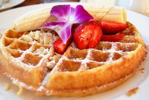Waffled「Tropical Belgian Waffle breakfast with Fruit and Macadamia Nuts」:スマホ壁紙(2)