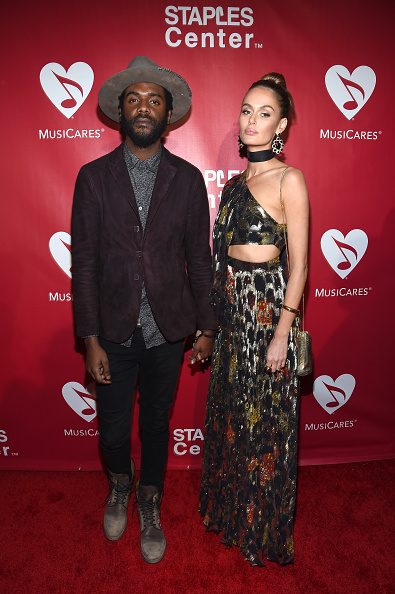 Gray Shoe「2016 MusiCares Person Of The Year Honoring Lionel Richie - Red Carpet」:写真・画像(4)[壁紙.com]