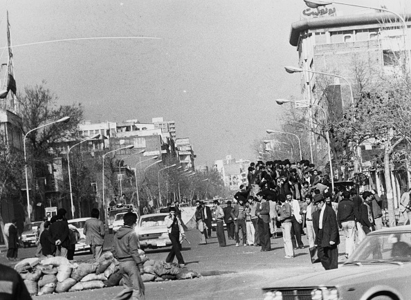 Protestor「Tehran Revolt」:写真・画像(10)[壁紙.com]