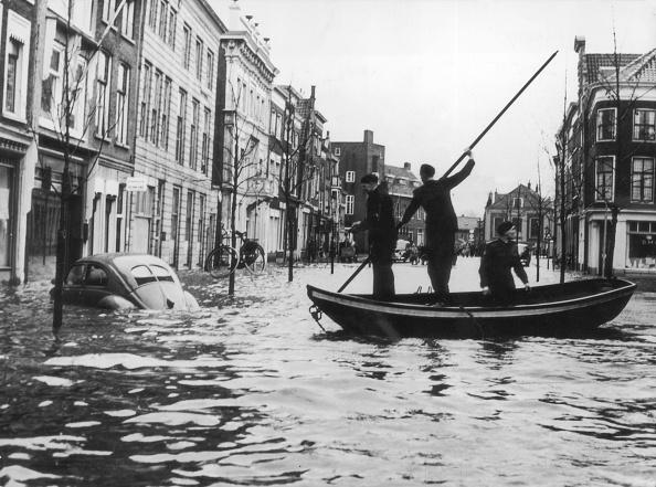 Netherlands「Flood Boat」:写真・画像(3)[壁紙.com]