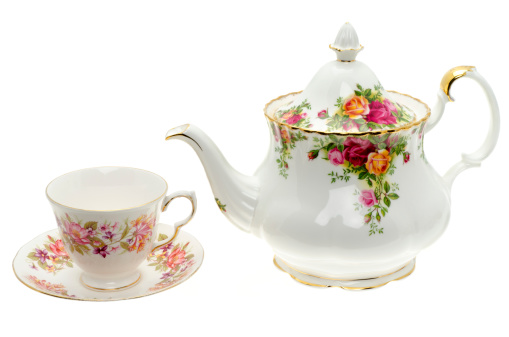 Floral Pattern「Vintage bone China teapot with a cup and saucer」:スマホ壁紙(12)