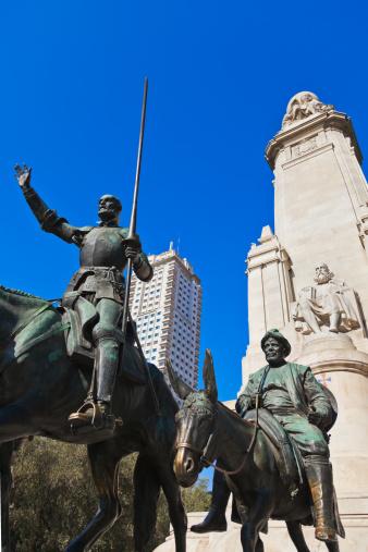 Fairy tale「Don Quixote and Sancho Panza statue - Madrid Spain」:スマホ壁紙(15)