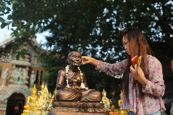 Scented「Water Festival Marks Start Of New Year In Thailand」:写真・画像(19)[壁紙.com]