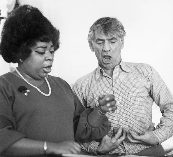 Classical Musician「Bernstein And Arroyo」:写真・画像(17)[壁紙.com]
