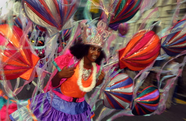Streamer「The Notting Hill Carnival in London」:写真・画像(3)[壁紙.com]