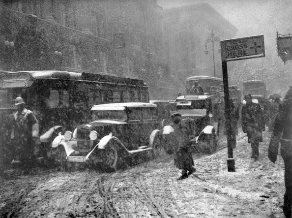 Douglas Miller「London Snow」:写真・画像(1)[壁紙.com]