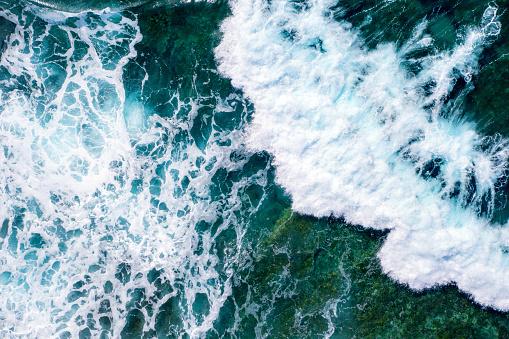 Mediterranean Sea「Rough sea waves splashing near a rocky seabed」:スマホ壁紙(11)