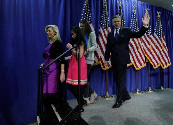 Support「Jon Huntsman Bows Out Of Presidential Race」:写真・画像(8)[壁紙.com]
