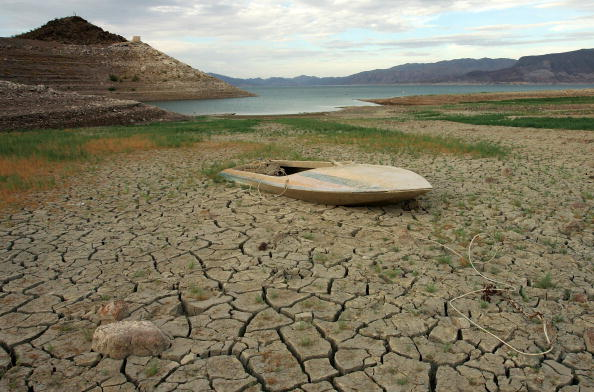 Climate Change「NV: Drought Drops Lake Mead Water Level To 40 Year Low」:写真・画像(18)[壁紙.com]