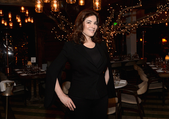 Nigella Lawson「Dinner Hosted By Nigella Lawson - Part of The NYT Cooking Dinner Series - 2016 Food Network & Cooking Channel South Beach Wine & Food Festival Presented By FOOD & WINE」:写真・画像(19)[壁紙.com]