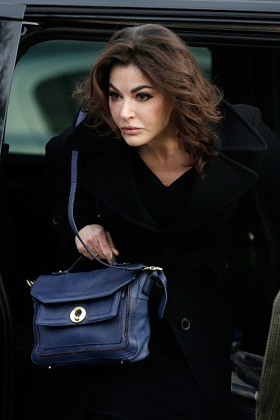 Nigella Lawson「Second Day Of Evidence From Nigella Lawson In The Trial Of Her Two Assistants」:写真・画像(9)[壁紙.com]