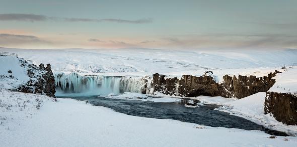 North Iceland「Godafoss Gorge」:スマホ壁紙(4)