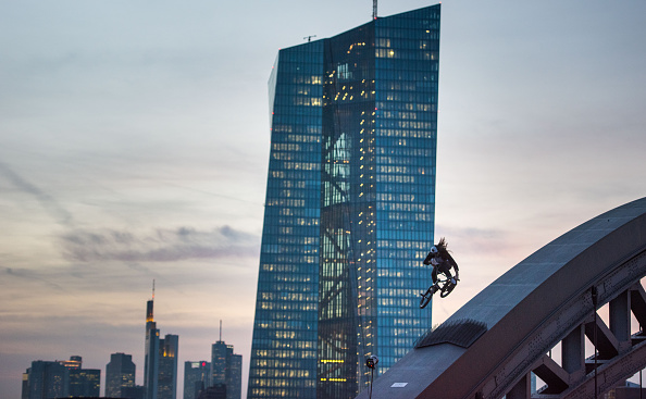 Frankfurt - Main「ECB To Inaugurate New Headquarters」:写真・画像(14)[壁紙.com]