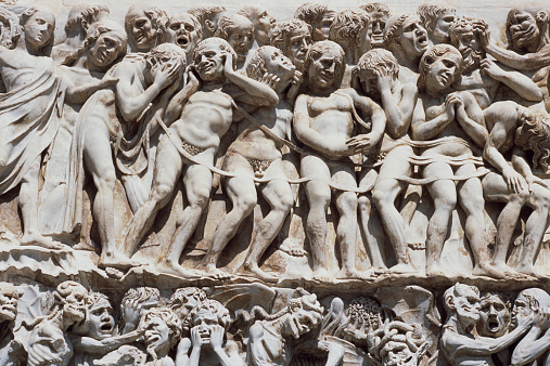 Hell「Italy, Umbria, Orvieto, stone carving on the Duomo, close-up」:スマホ壁紙(3)
