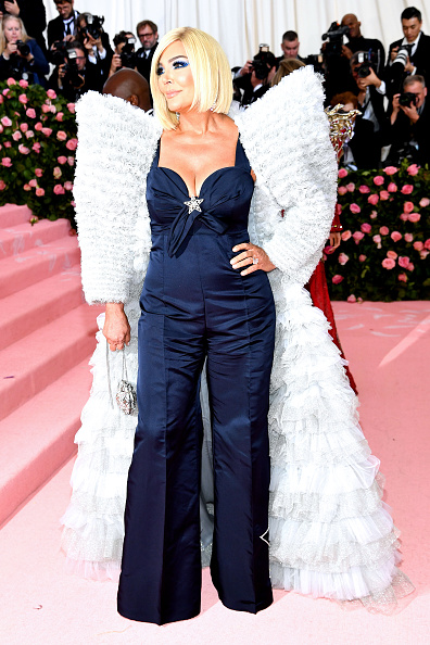Silver Colored「The 2019 Met Gala Celebrating Camp: Notes on Fashion - Arrivals」:写真・画像(10)[壁紙.com]