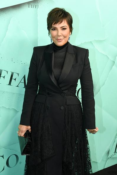 Kris Jenner「Tiffany & Co. Celebrates 2018 Tiffany Blue Book Collection, THE FOUR SEASONS OF TIFFANY - Arrivals」:写真・画像(4)[壁紙.com]