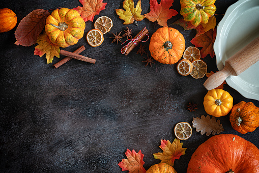 Star Anise「Autumn background with pumpkins and spices」:スマホ壁紙(1)