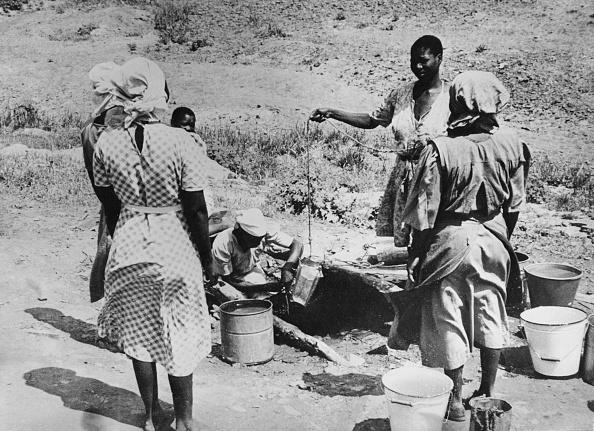 Botswana「Drawing Water」:写真・画像(19)[壁紙.com]